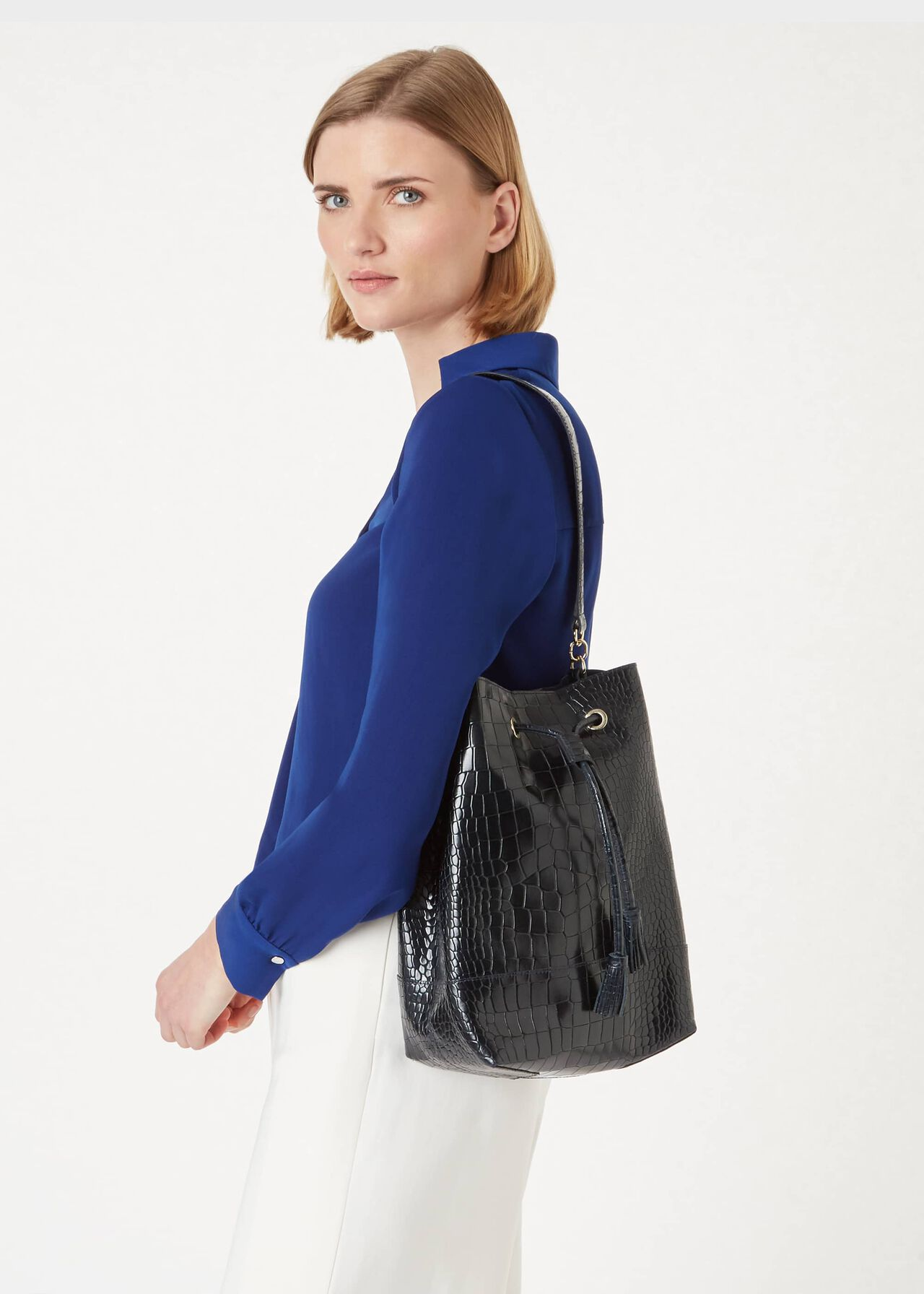 Hampstead Leather Bucket Bag, Navy, hi-res