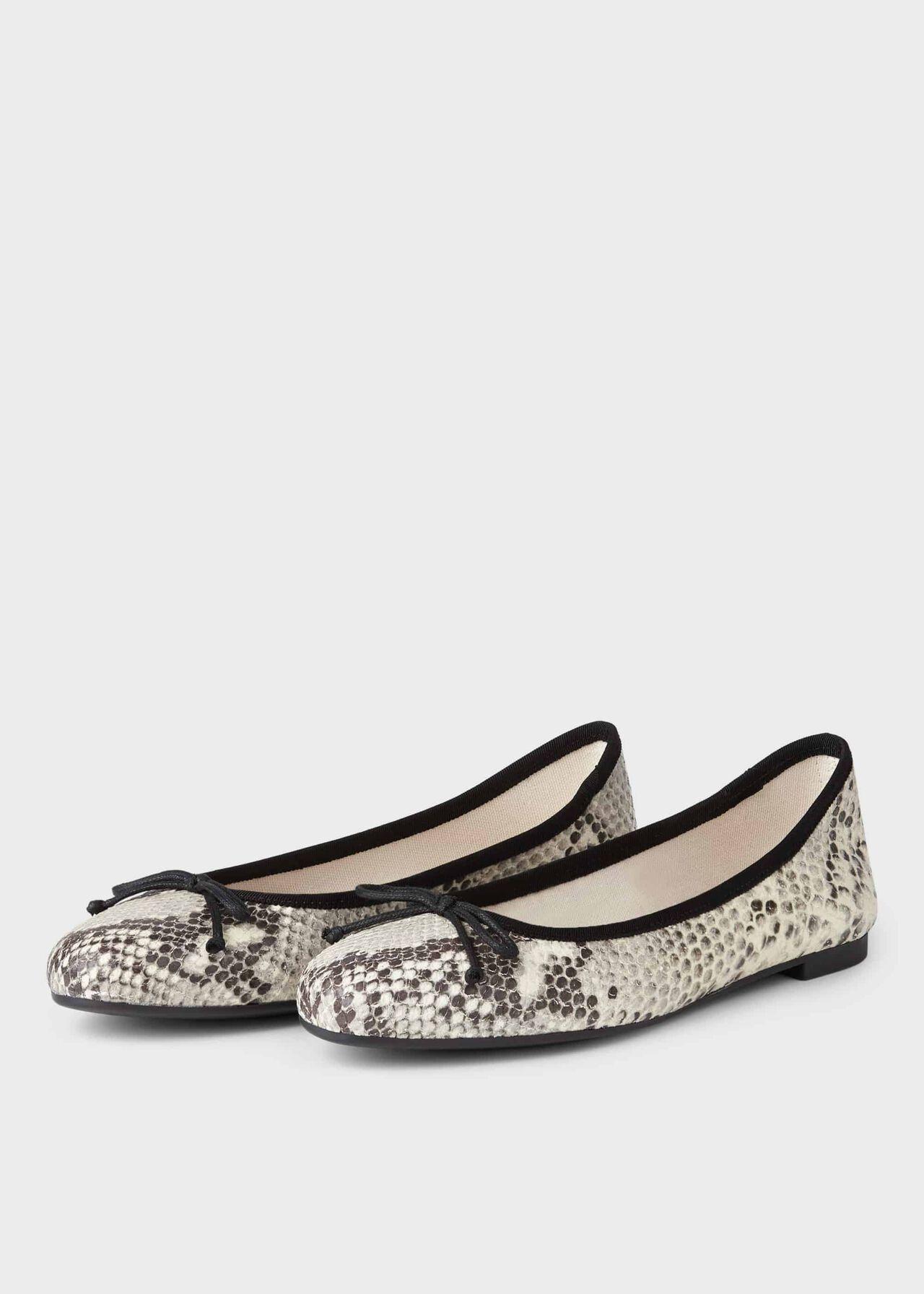 Flo Ballerina Grey Snake