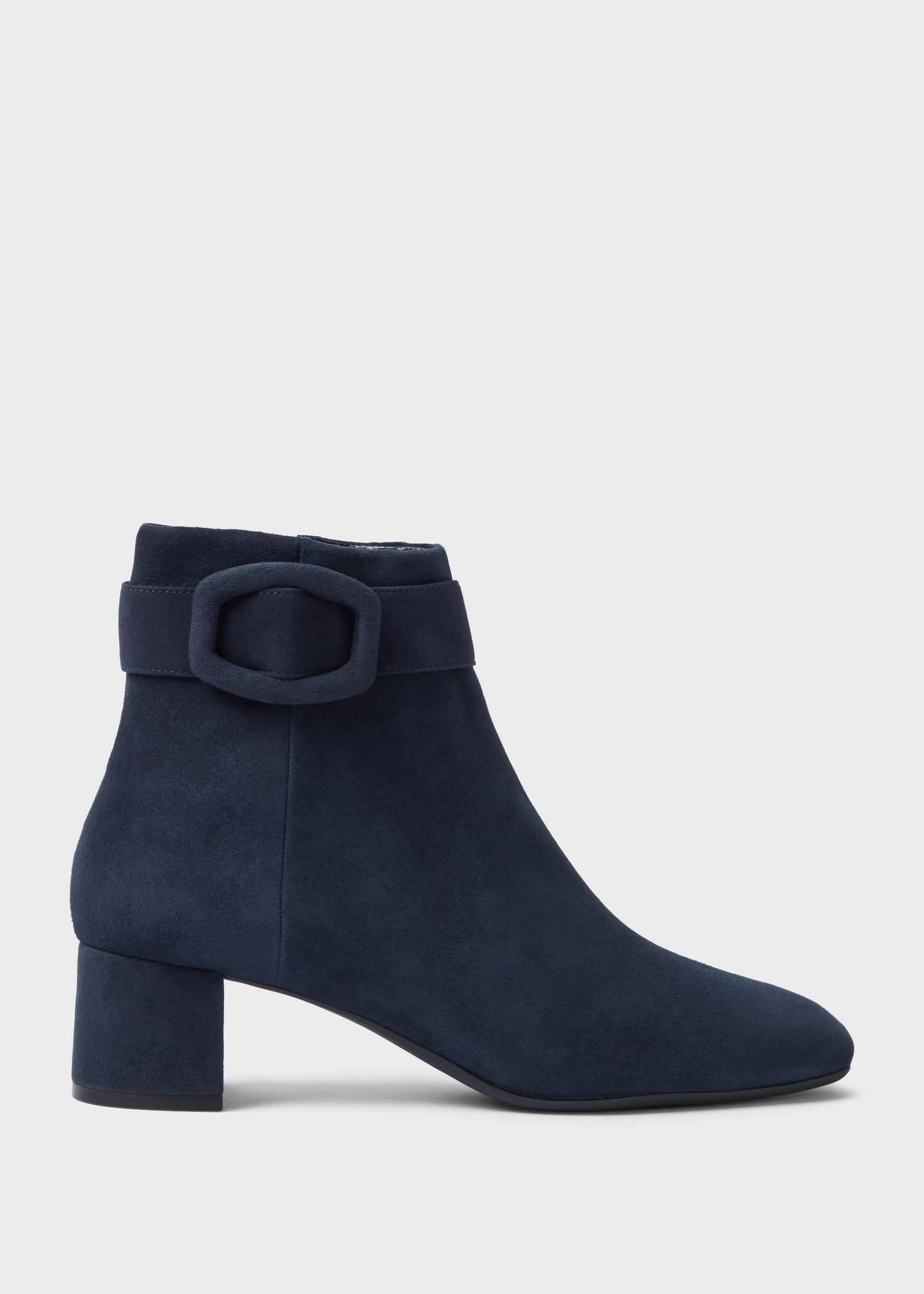 boots with block heel ankle