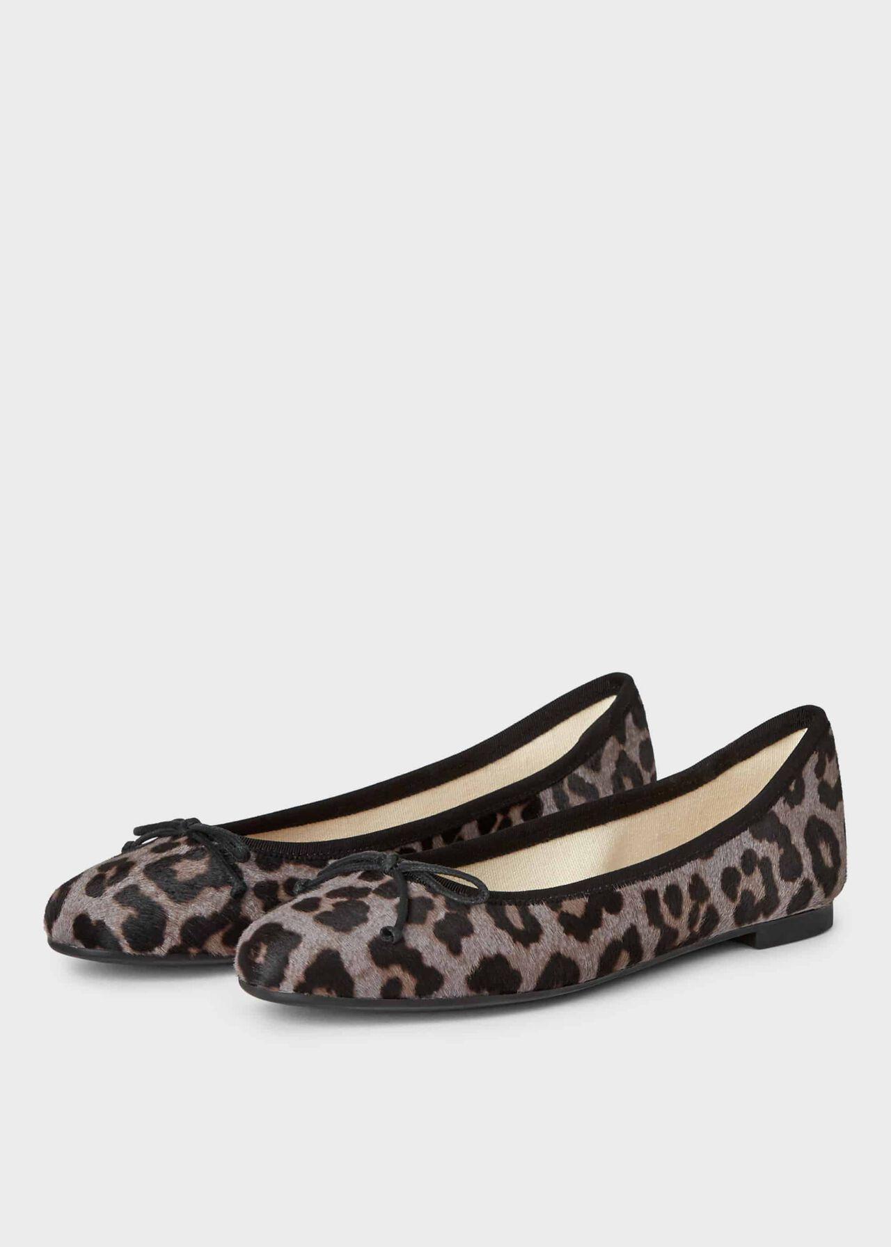 Flo Ballerina Grey Leopard