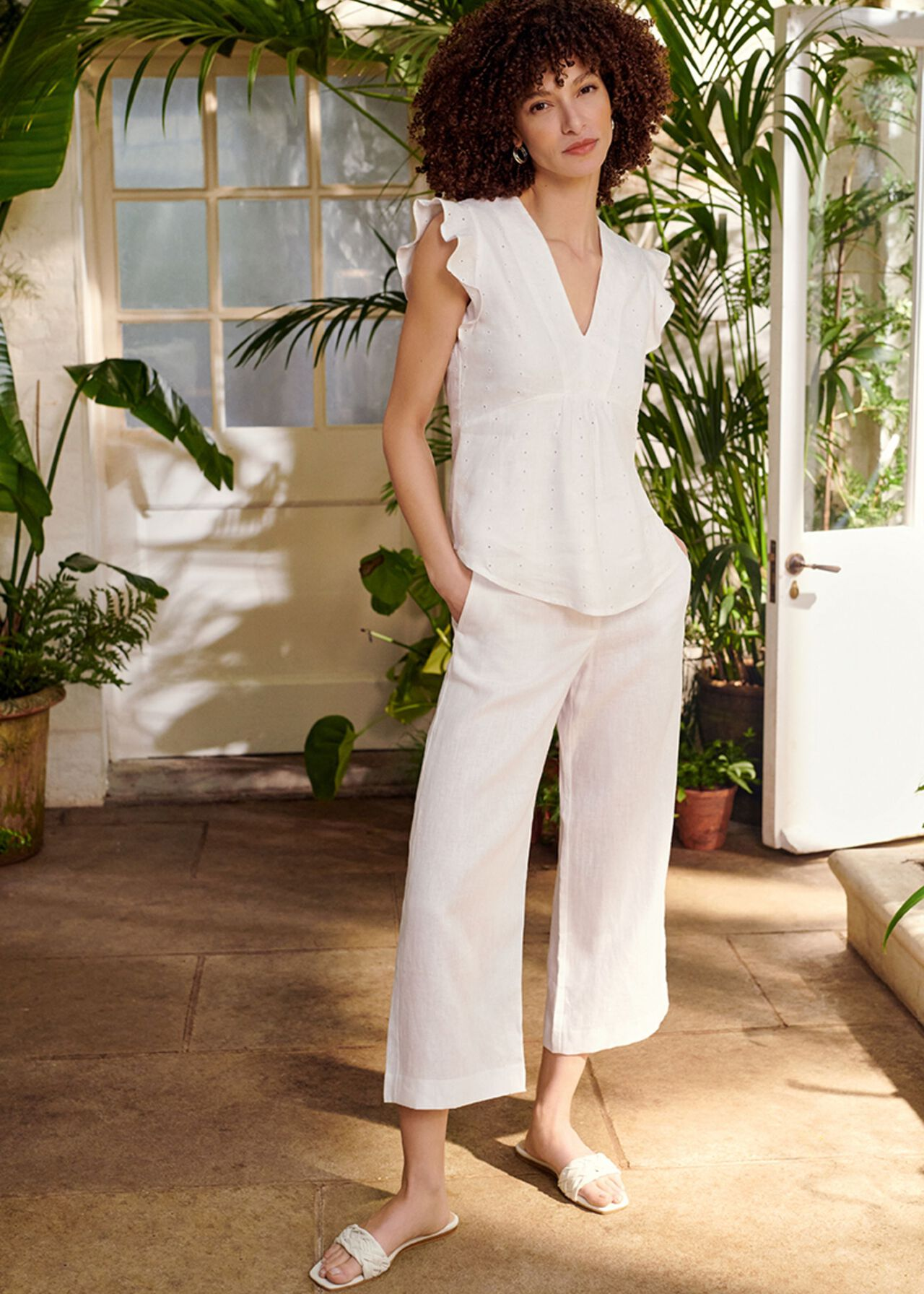 The Avia Top Outfit, , hi-res