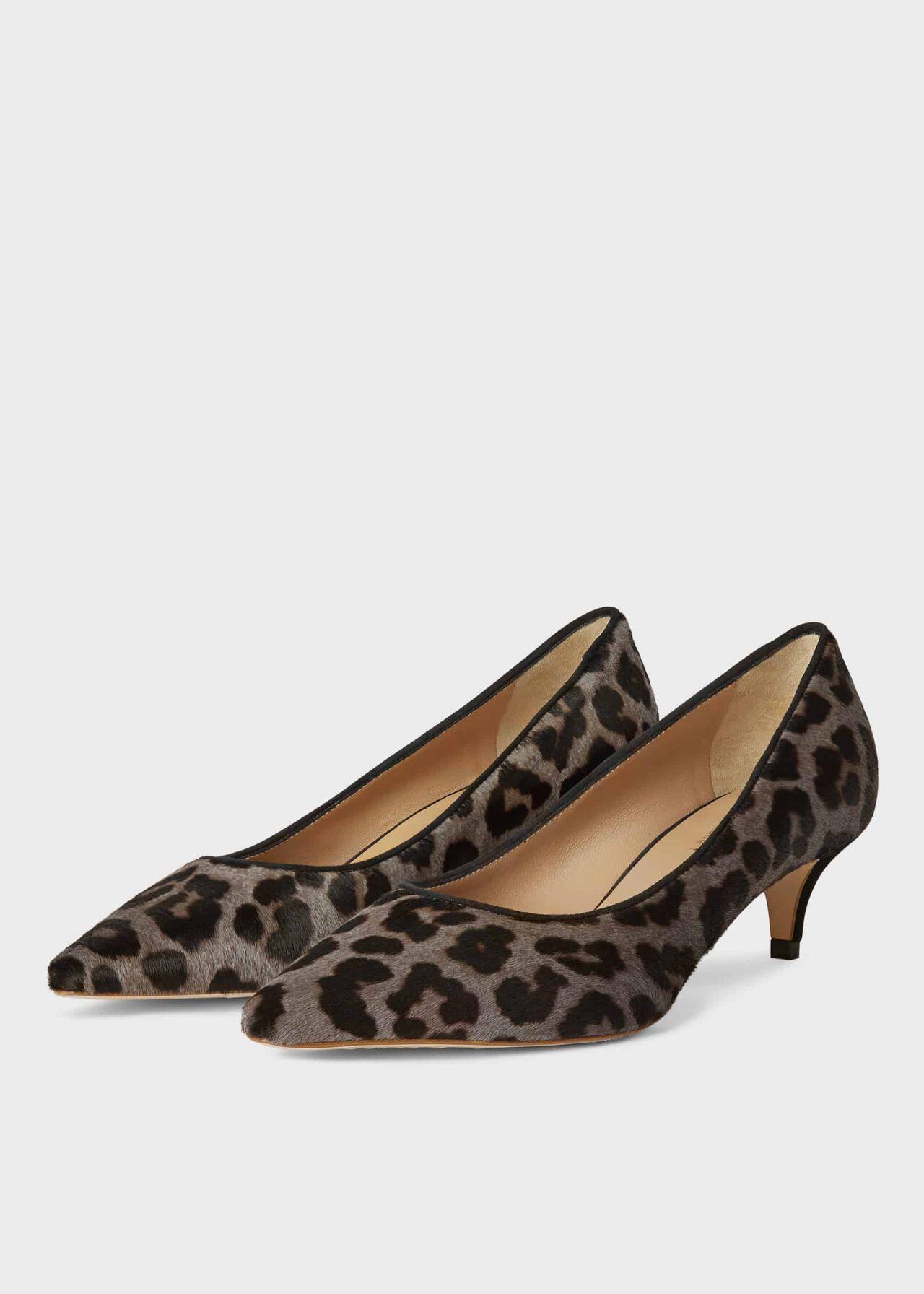 Annie Court Grey Leopard