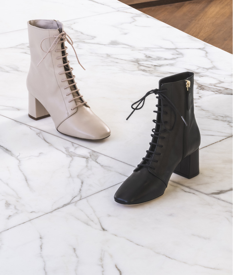 Laced Ankle Boots Monochrome