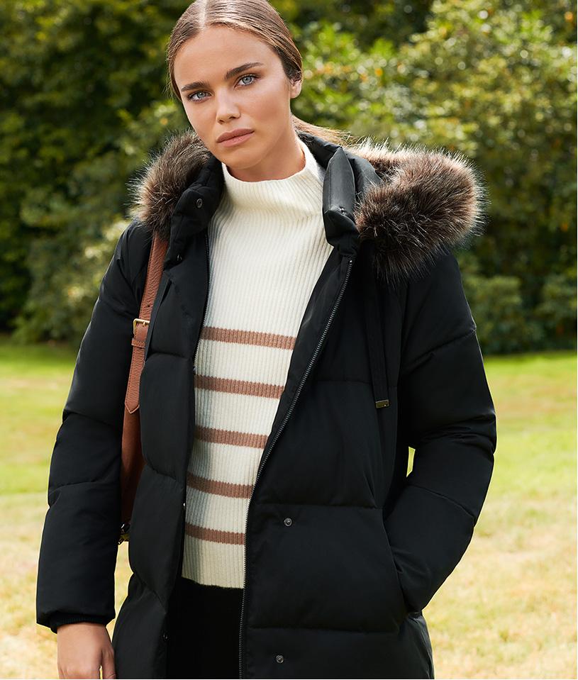 Dark Puffer Jacket With Fur Hood