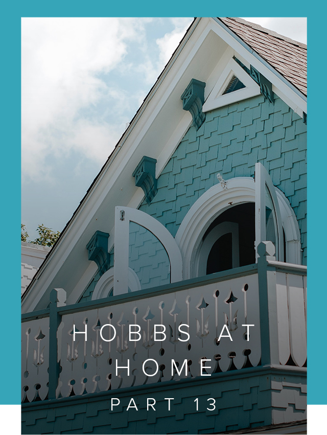 An aqua blue panelled house in Martha's Vineyard, America isthe back drop for this weelk's Hobbs at Home.