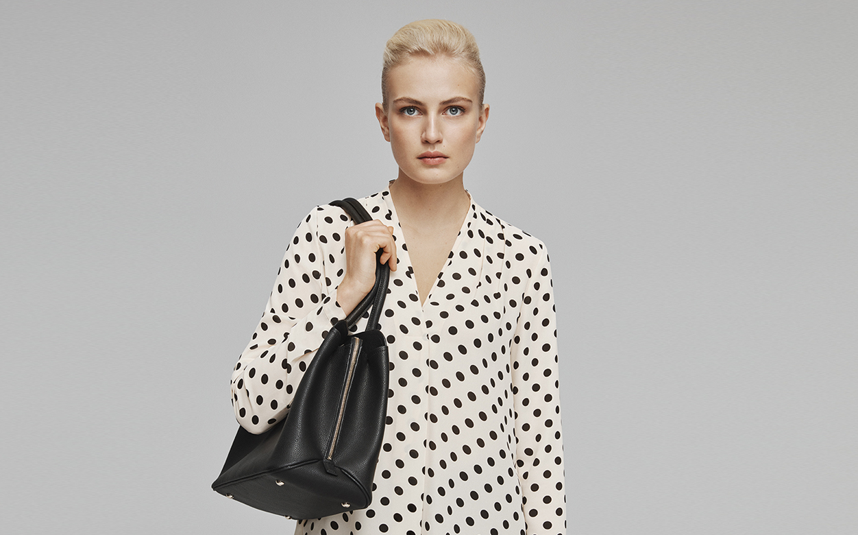 Spotty blouse with bag