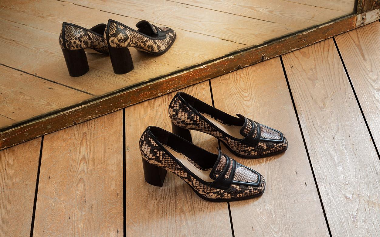Snake Skin Shoes ImageImage