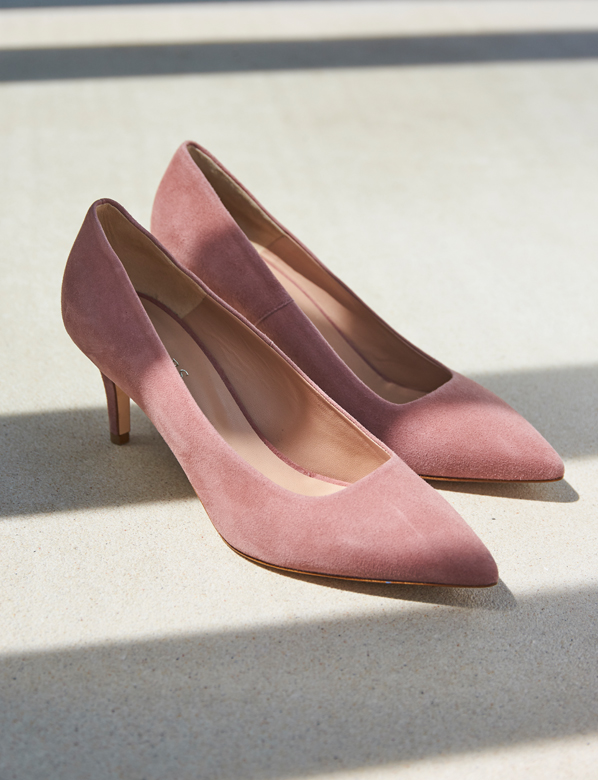 Pink suede court shoe