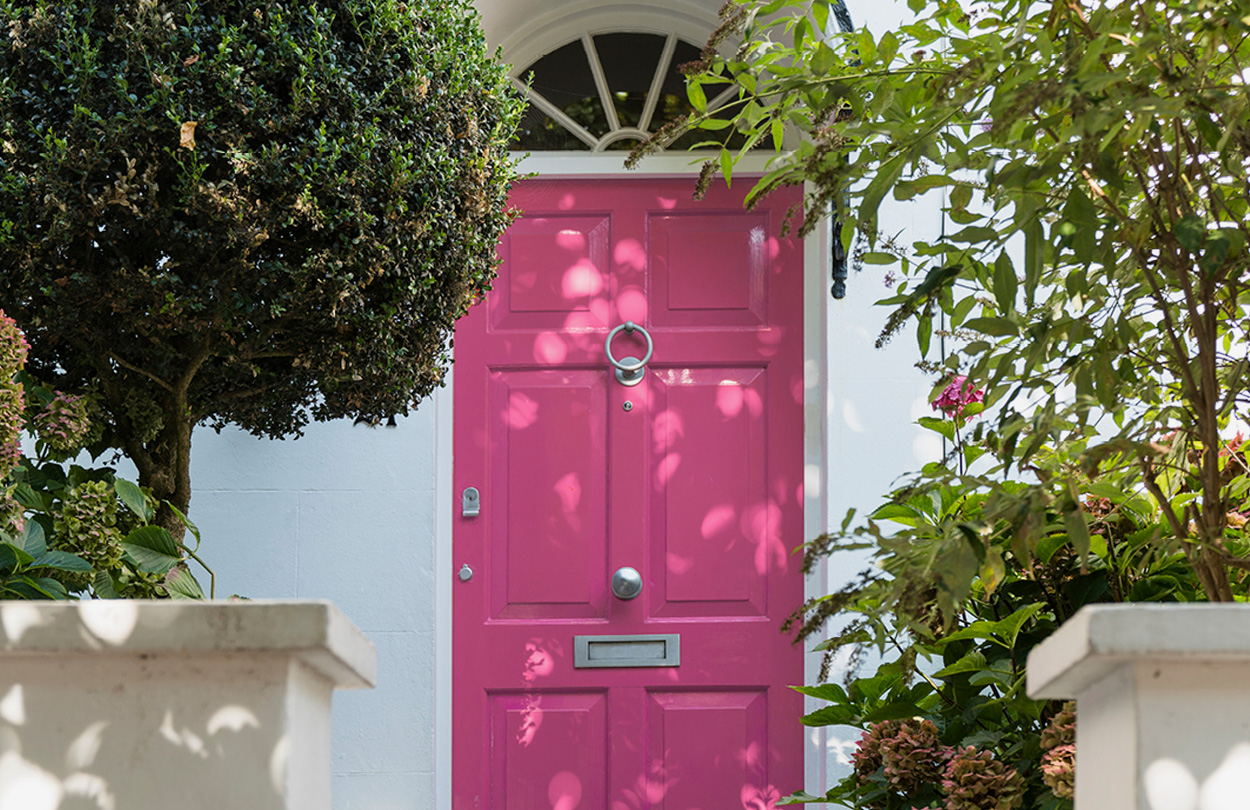A bright pink front door in Hampstead, London for Hobbs At Home - Part 5