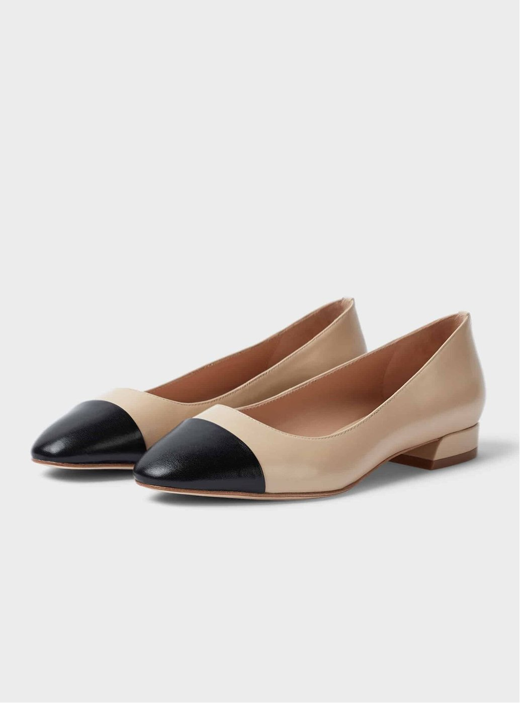 Hobbs Amelia Leather Beige and Black Flat Pumps