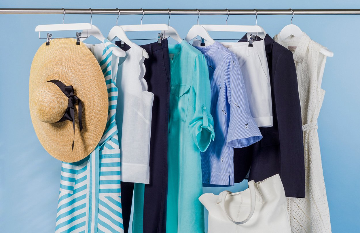 Read a step-by-step guide by Hobbs brand stylist on how to recorganise your wardrobe.