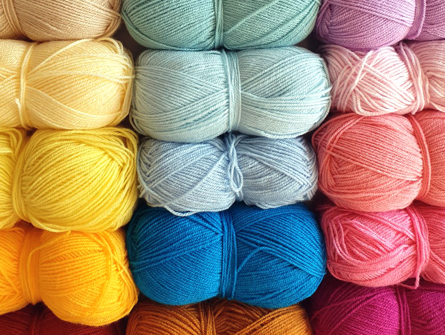 Nicole shows us the variety of colours of wool in her collection and her first crochet collection