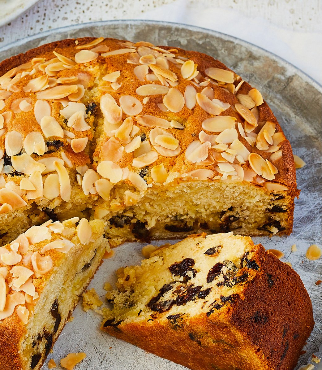 Prue Leith's Cherry and almond cake